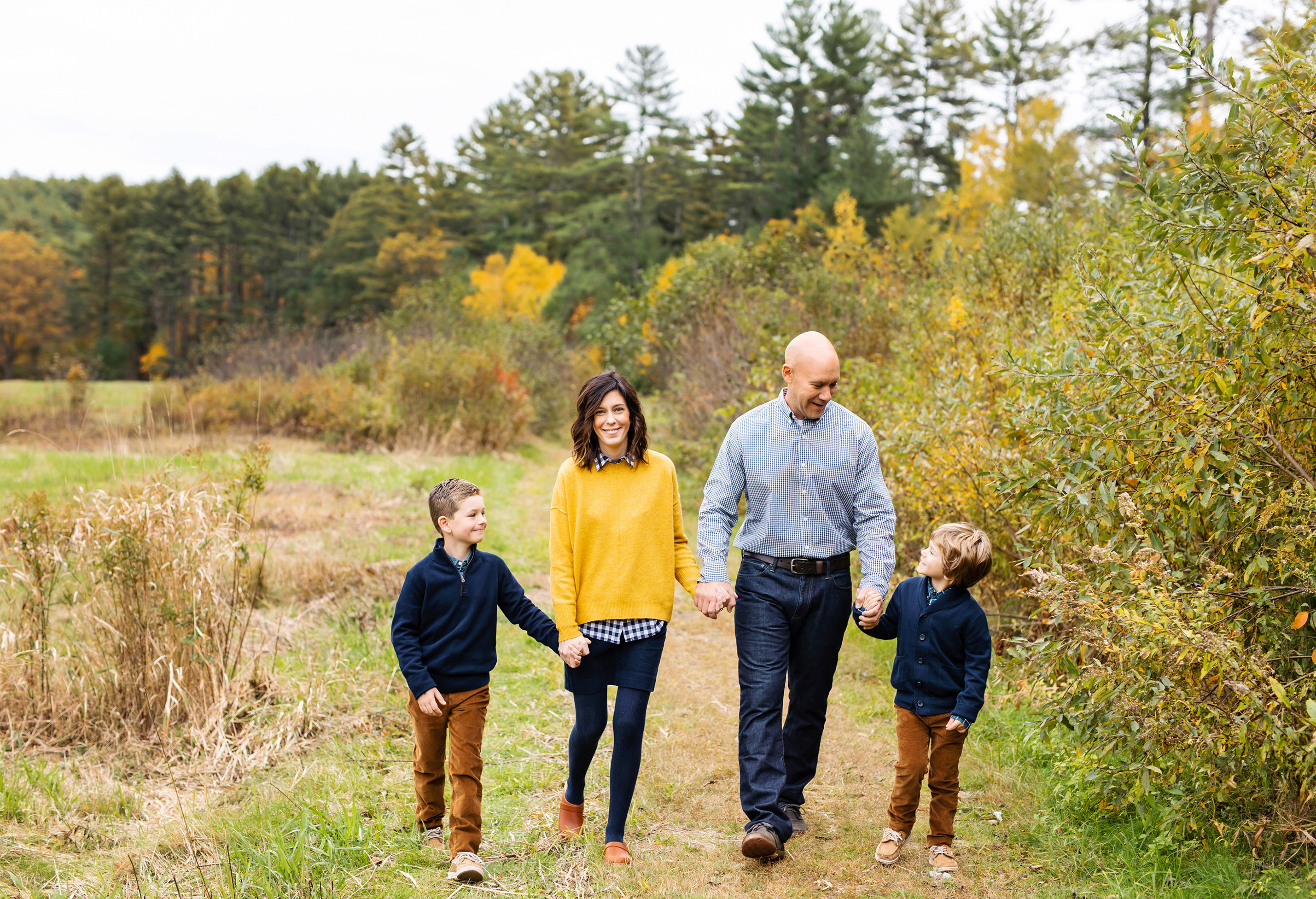 belchertown family portraits Monika Normand Photography